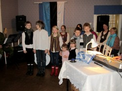 Lapsed laulavad