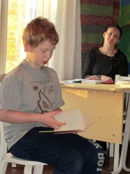 Taaniel luges Paula raamatut